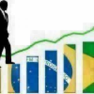 Brasil tem 2o melhor superávit comercial para abril, de US$ 6 bi
